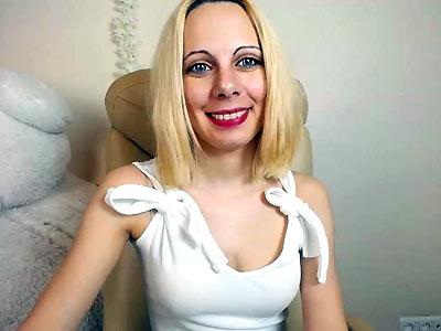 HotMommyy Webcam